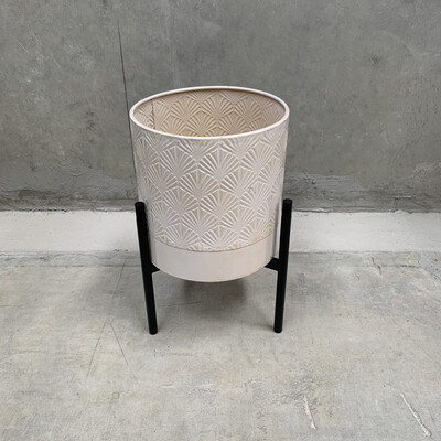 WHITE METAL PLANTER WITH STAND - MEDIUM