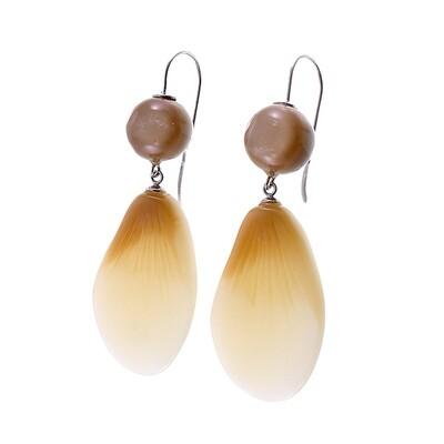Zsiska Earrings-Bloom Dangle in Natural