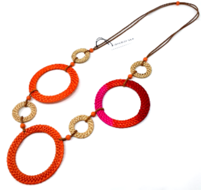 Necklace-Decouture Raffia Rings