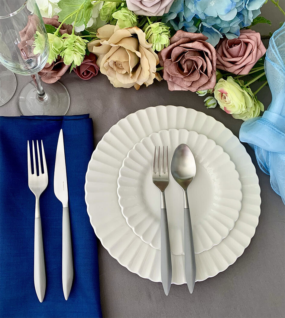 Ares 5 Piece Place Setting gray