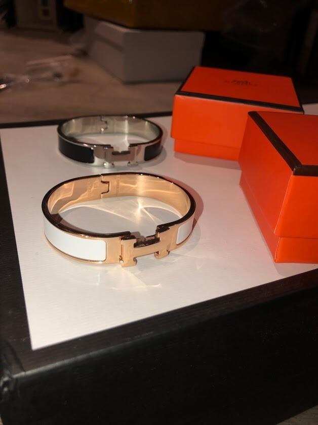PRE ORDER - Hermes Women's Clic Clac H Enamel Bracelet- White/ Gold
