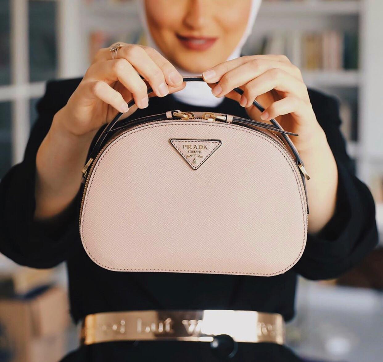 IN STOCK 1:1 Prada Odette Saffiano Leather Crossbody  bag - Nude
