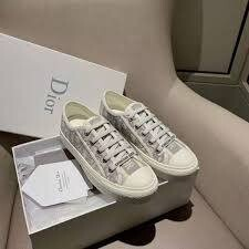IN STOCK NOW Christian Dior Walk'N'Dior Sneaker Size 38 / 7US