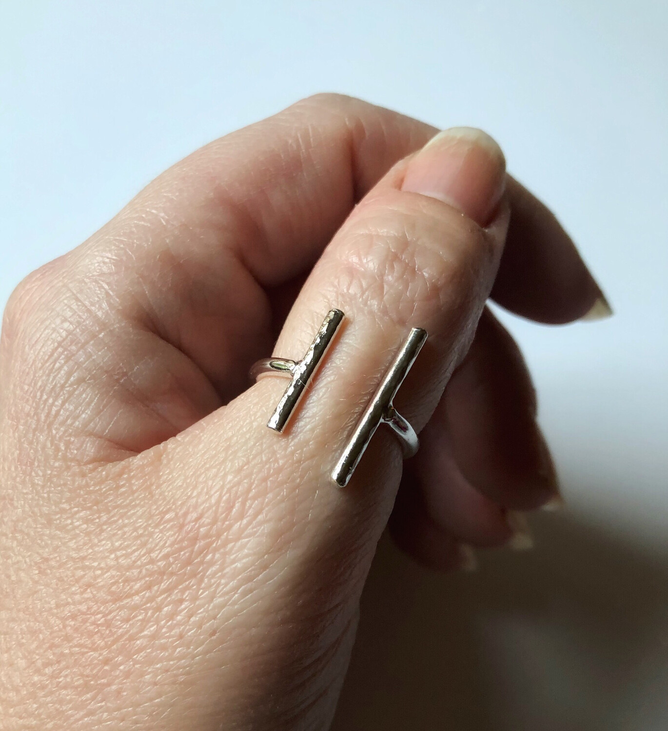 Asymmetrical Bars Ring
