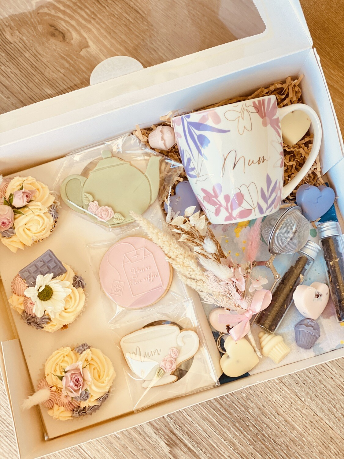 Mother's Day Ultimate Tea Lover Gift Box  (Pre Order)