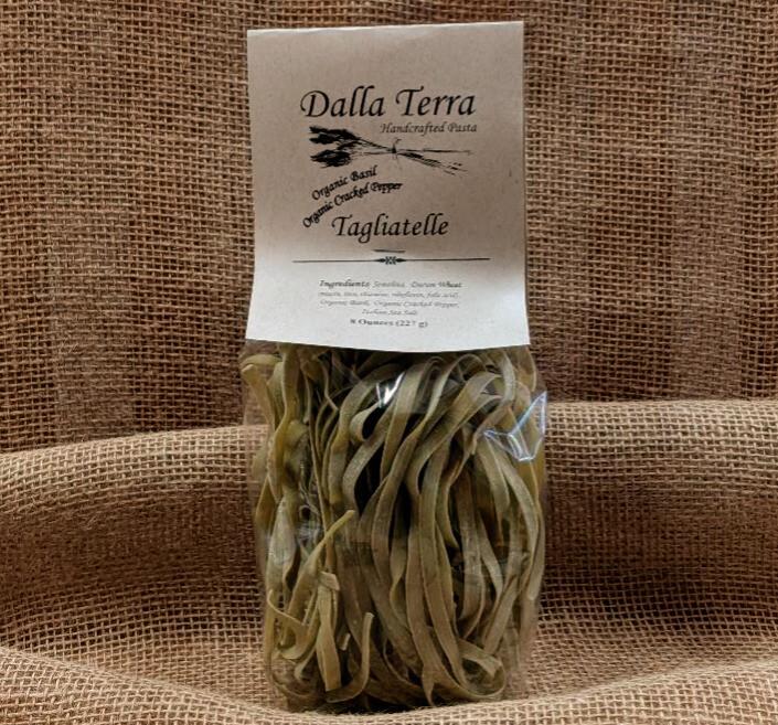 Organic Basil Organic Cracked Pepper Tagliatelle