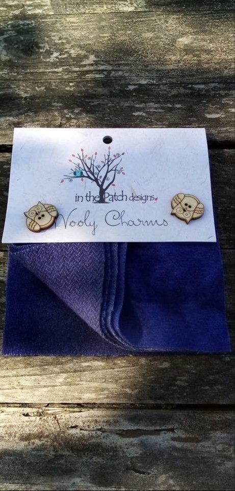 WOOLY CHARMS BLAUW