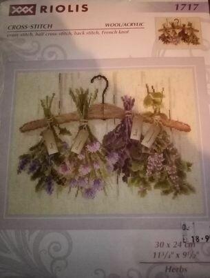Riolis 1717 herbs 30x24cm