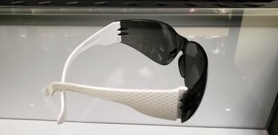 Hydro dipped white carbon fiber