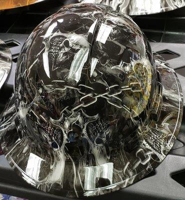 Full Brim Chain Skulls