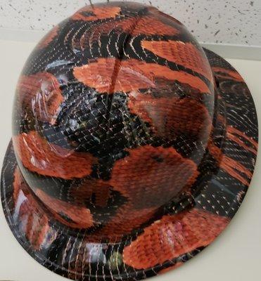 Full Brim Snakeskin red