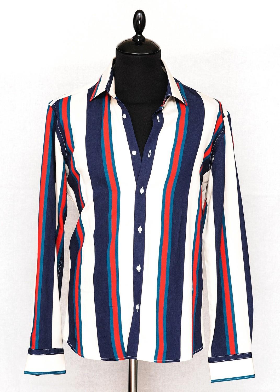 Мужская рубашка в широкую полоску