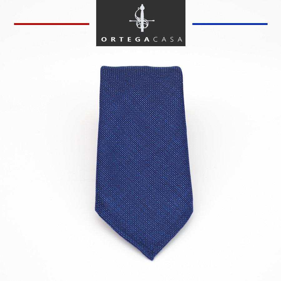 "Синий галстук ""Pacific""."