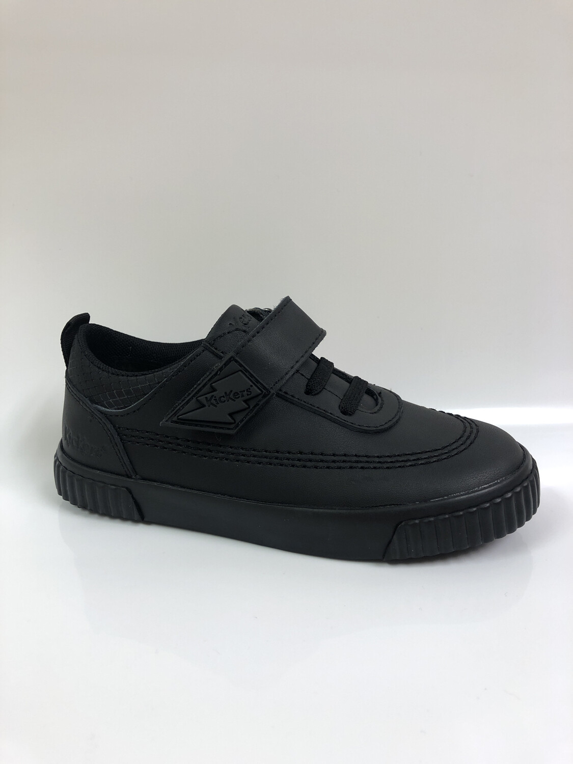 Kickers 'Tovni Bolt' in Black Leather (Size 9 to Size 12 only)