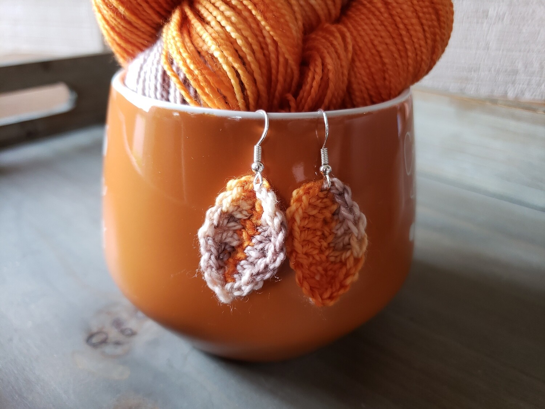 Autumn Leaf Earrings Crochet Pattern
