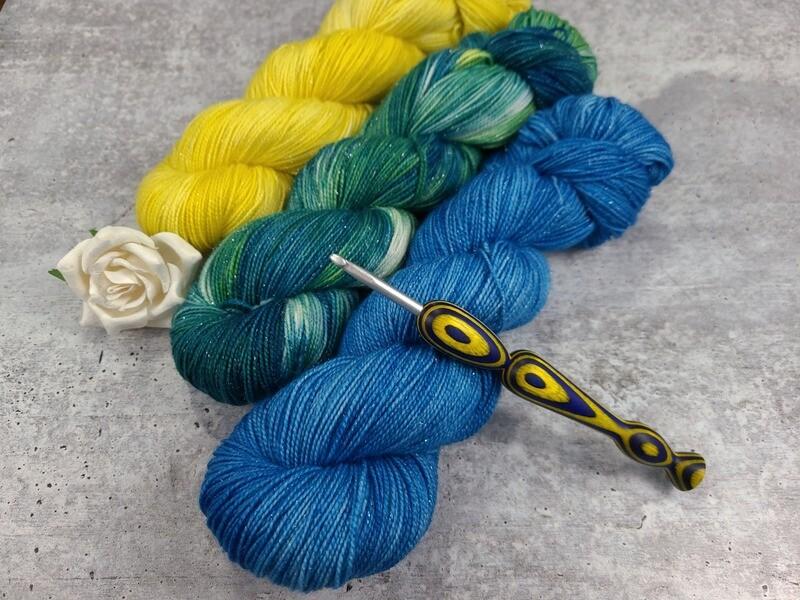 Starry Night Wrap Crochet Kit
