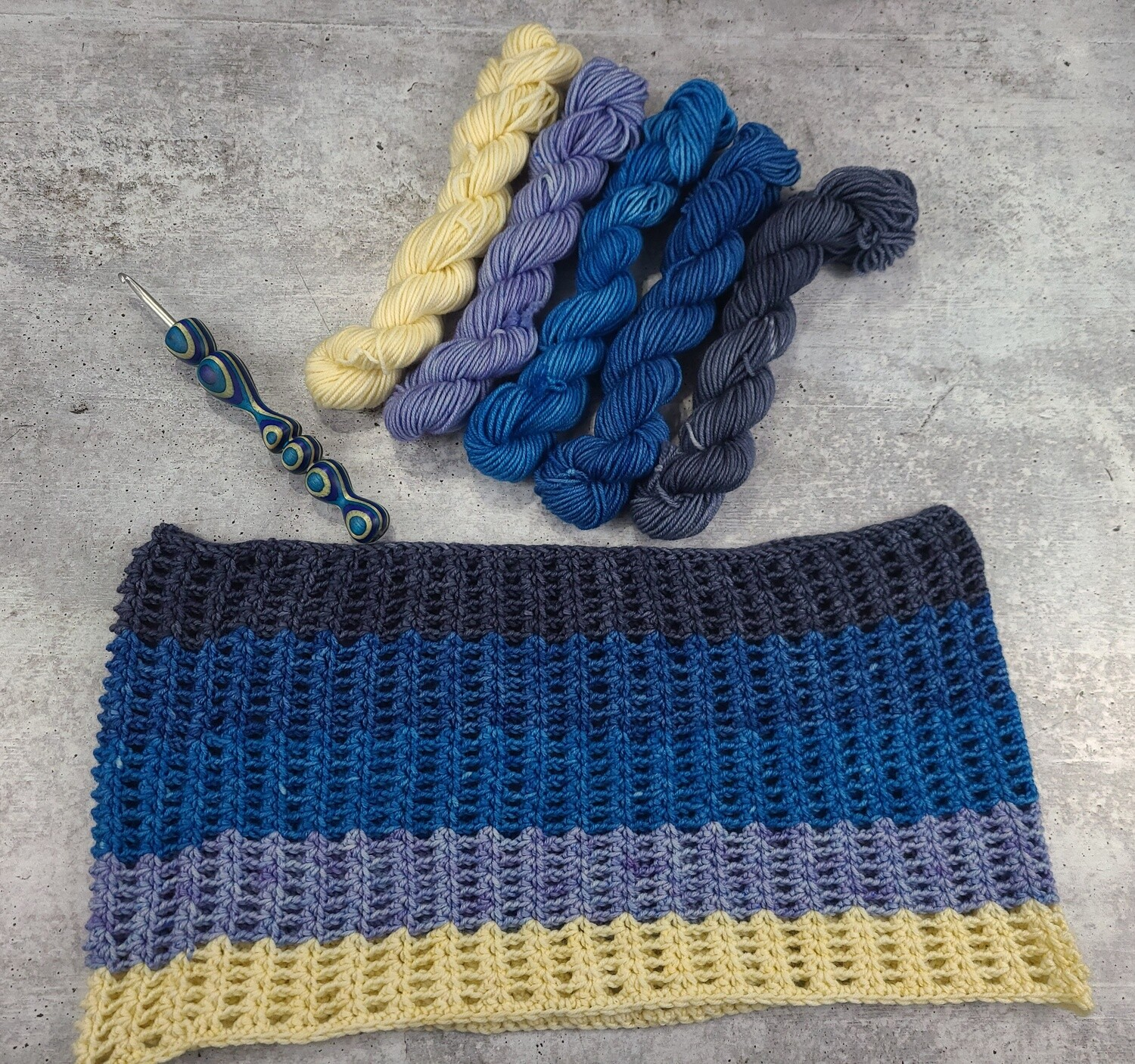 Frosted Sky Cowl Crochet Kit - Ready to Ship