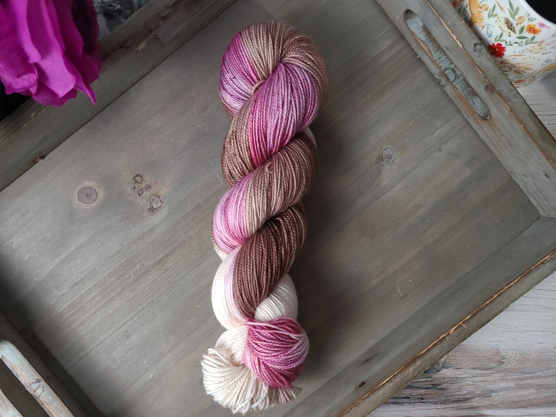 Neapolitan (Worsted) Hand Dyed Yarn