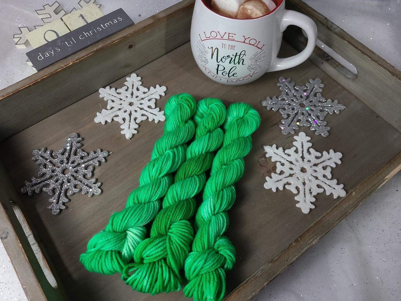 Kelly Green Hand Dyed Yarn
