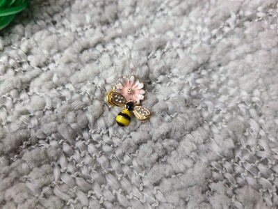 Pink Flower with Bee Stitch Marker Set