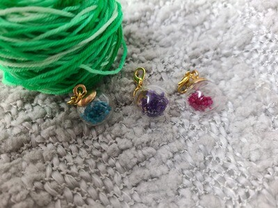 Dried Flower Stitch Marker