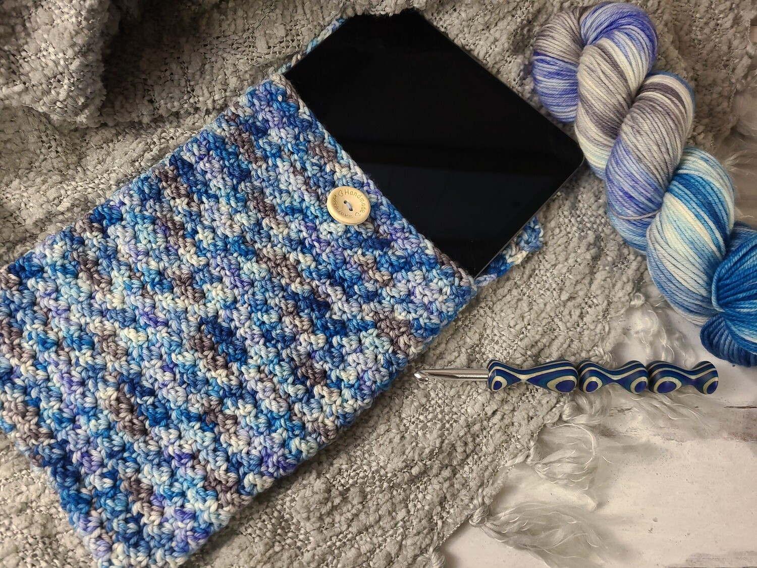 Sydney Tablet Case Crochet Kit