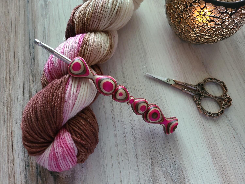 Neapolitan Scoops Crochet Hook