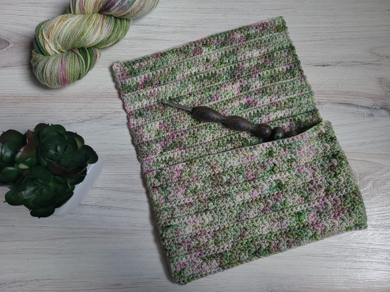 Ireland Notions Bag Crochet Kit