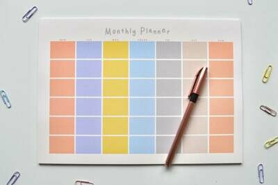 Sunrise | A4 Eco-Friendly Monthly Desk Planner