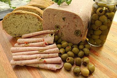 Olive Loaf. (+/- 250g)