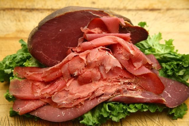 Beef Smoked Beef. (+/-150g)