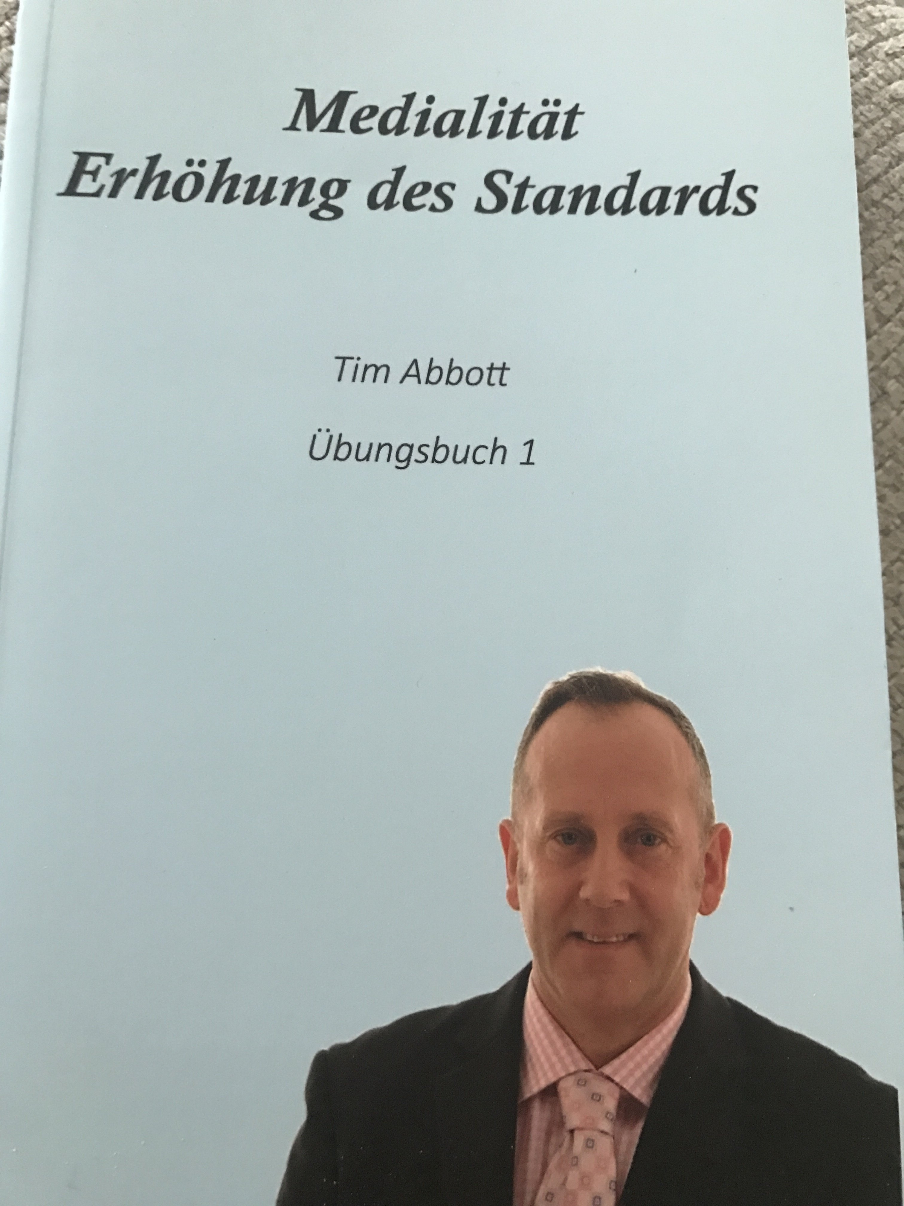 "GERMAN VERSION BOOK 1 - Medialitat ""Erhohung des standards"" Ubungsbuch 1 00001"