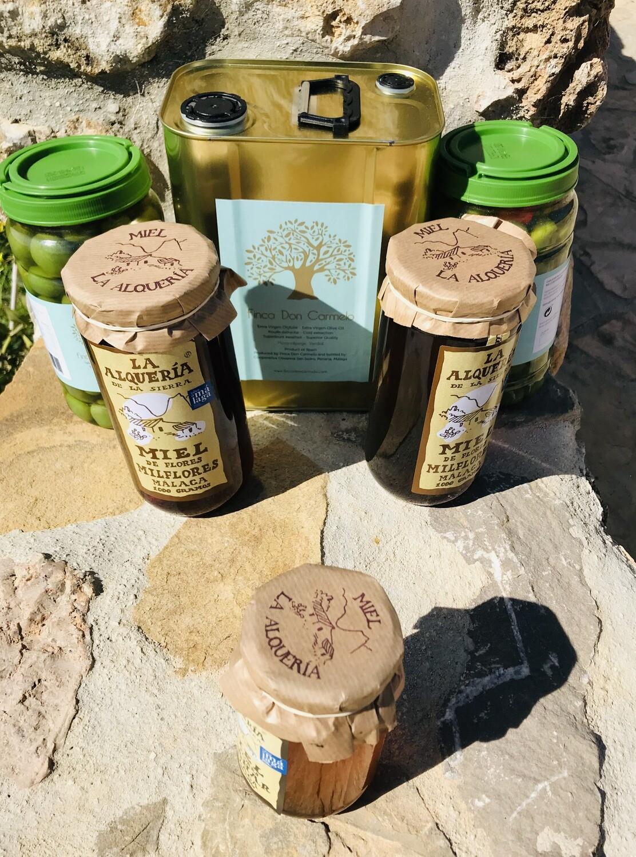 Anti-oxidantenpakket 1 blik/tin 3 liter Extra Virgen Olijfolie + 2 potten/jars Eetolijven/Table Olives + 2 potjes/jars honing/honey + 1 gratis proefpotje honing.  Gratis verzending! Free shipping
