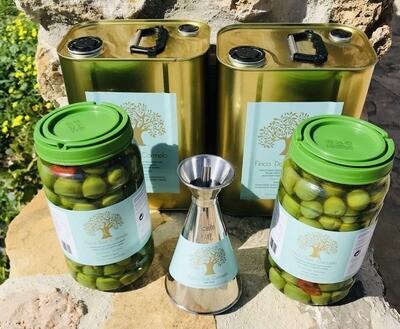 Olijven y nada más pakket 2 blikken/tins 3 liter Extra Virgen Olijfolie + 2 potten/jars Eetolijven/Table Olives  + gratis olijfolieschenkkan in inox (500 ml) Gratis verzending! Free shipping
