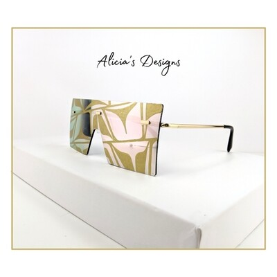 Large Mirrored Gold Sunglasses