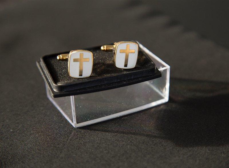 Manchetknapper med kors guld/hvid