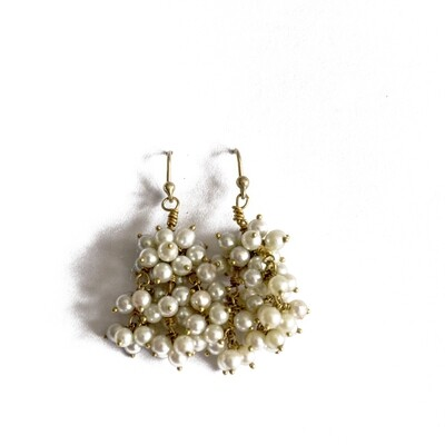 Circa 1980 Pearl Drop Earrings