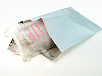 7 1/2 X 10 1/2 + 2 LP Postal Approved Poly Mailers with Anti-Static Strip 2.5 mil 1,000/cs