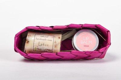 Coffret (Lip Balm and Soap) - Lotus