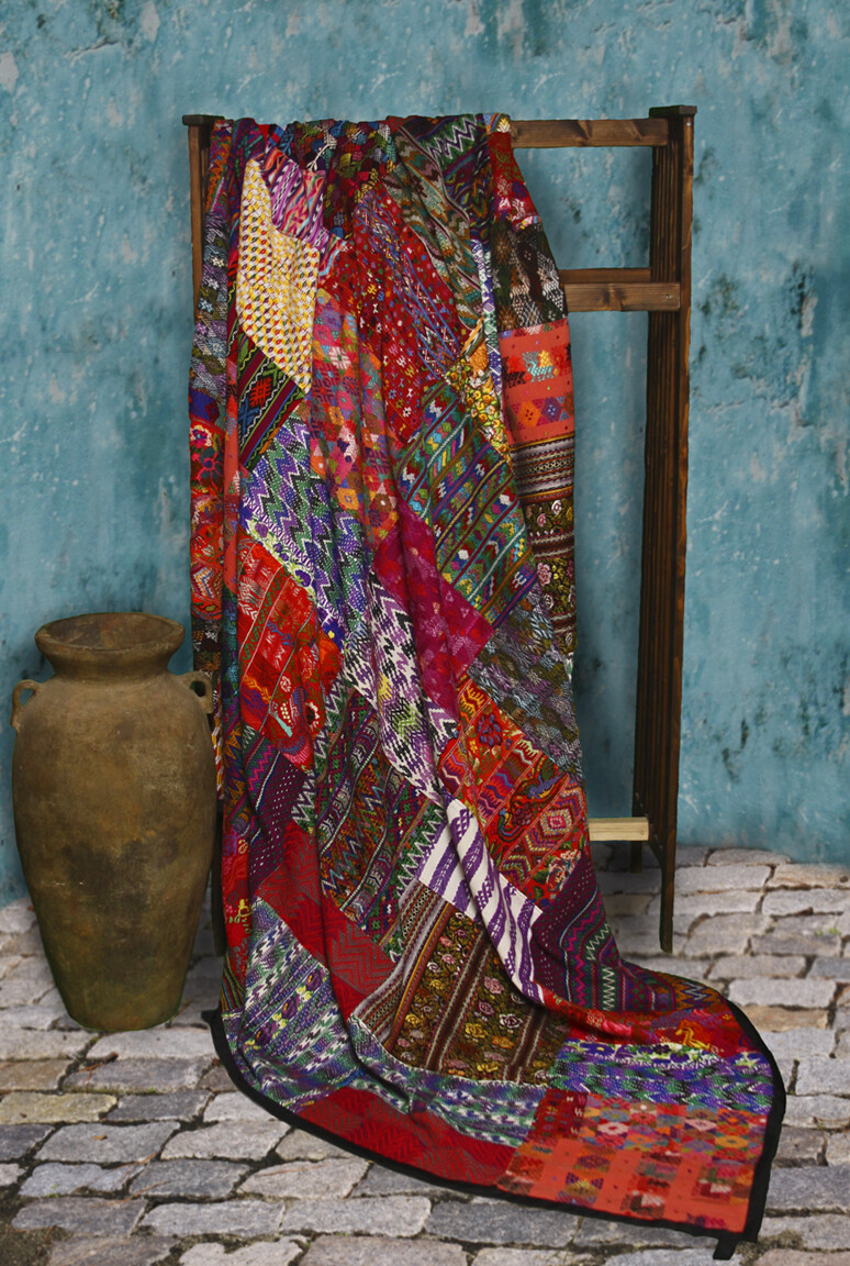 King-size New Design Mixed Huipile Guatemalan Patchwork Quilt Set
