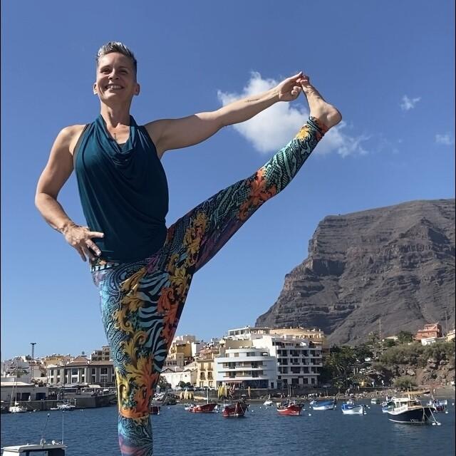 Zugang zu allen ONLINE Yogakursen - UNBEGRENZT bis 30. April 2021!
