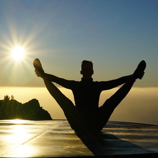 Zugang zu allen ONLINE Yogakursen - UNBEGRENZT bis 31. Mai 2021!