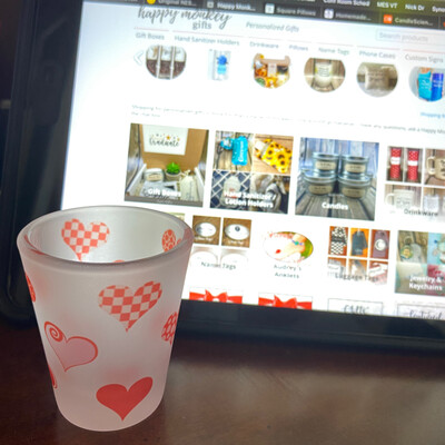 Frosted Shot Glass - Hearts 1.5 ounce