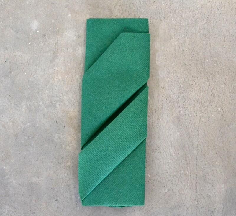 Napkins Airlaid Grande Green 40 x 40cm (Qty 50)