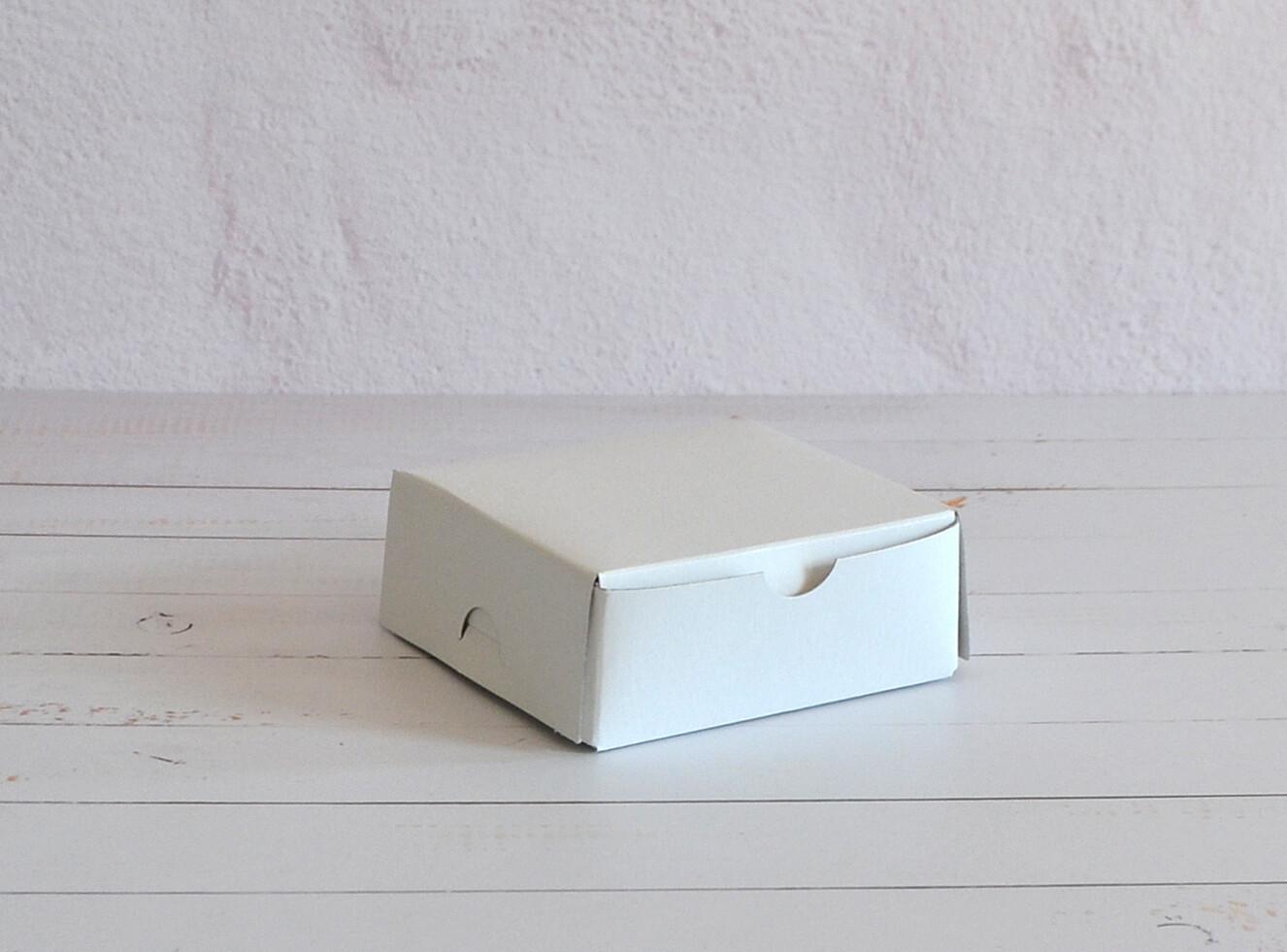 Cake Box 4 x 4 x 1.5 White (ea)