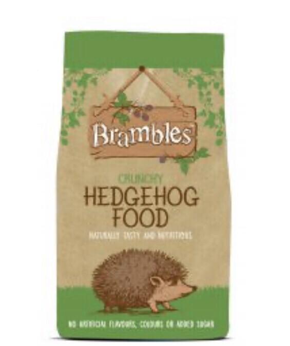 Wildlife Brambles Crunchy Hedgehog Food 900g