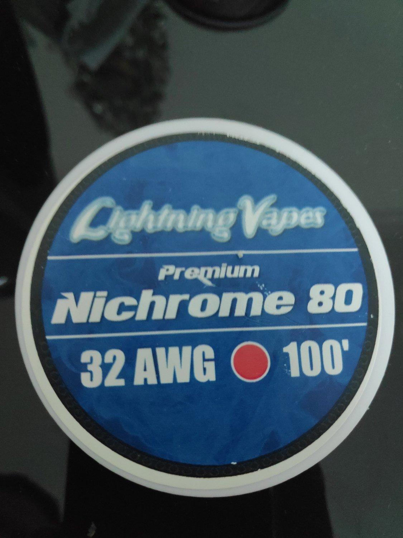 Lightning Vapes - Nichrome 80 wire 32ga 100'  بكرة أسلاك نايكروم من لايتنينج فيب