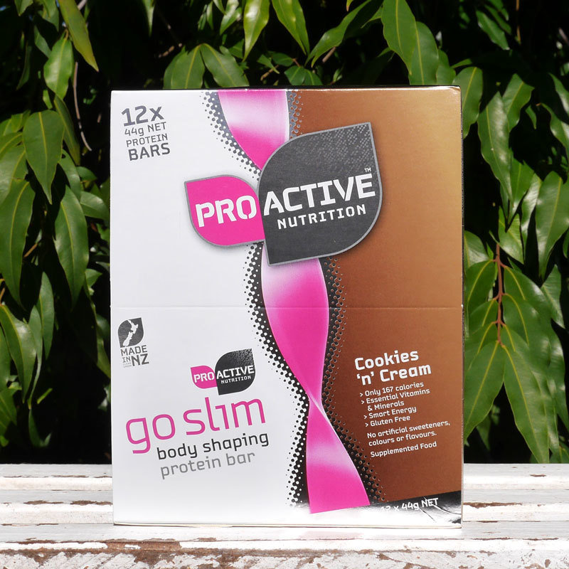 GoSlim Cookies & Cream low carb bar for weight loss