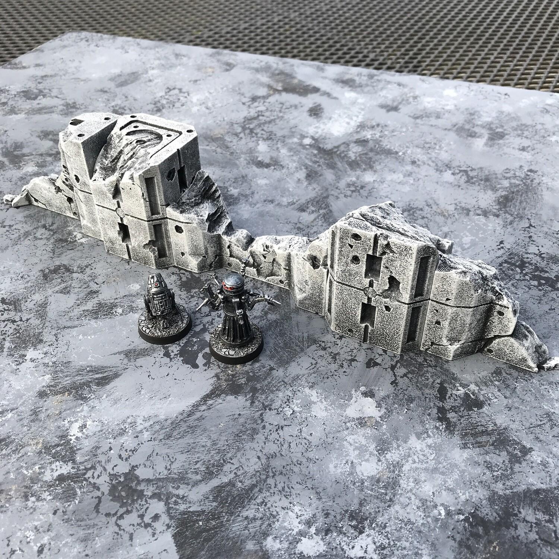Firebase:Invasion Ruined Walls