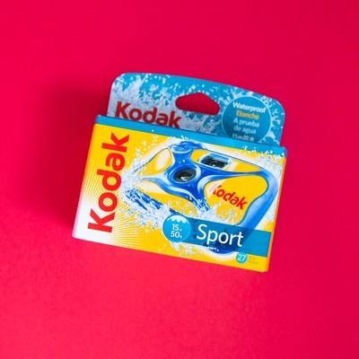 Kodak Water & Sport Waterproof (50'/15 m) 35mm One-Time-Use Disposable Camera (ISO-800) - 27 Exposures